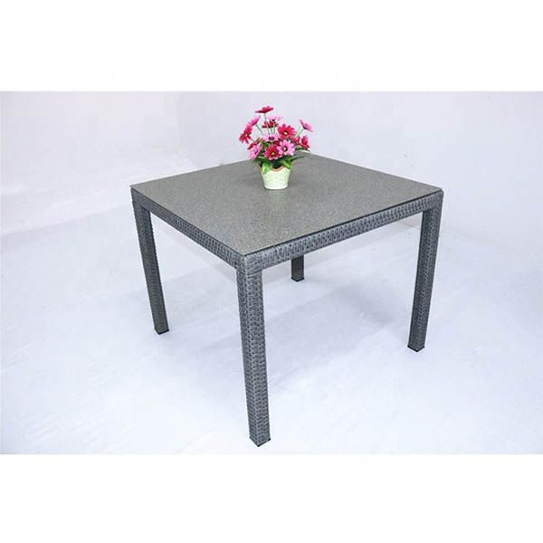 Calla Dining Table 600x600